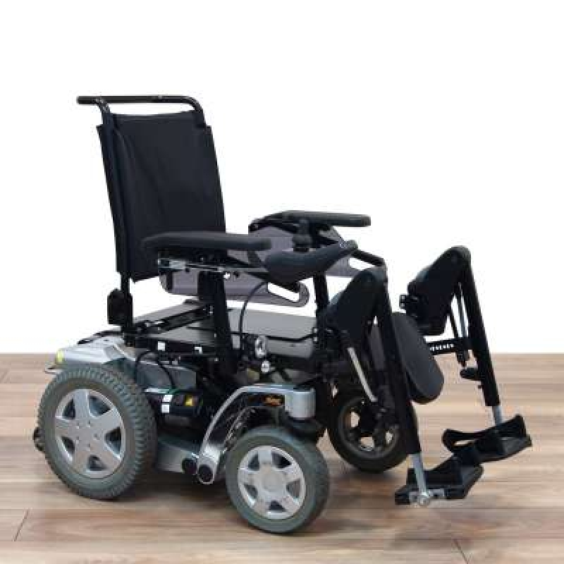 Invacare Used Invacare Storm 4 Power Chair