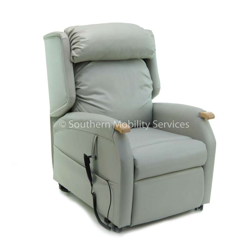 Luxury Brisa®  Pillow Back Chair