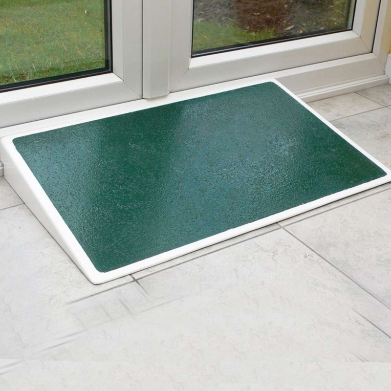 Jetmarine 4in Standard door threshold ramp