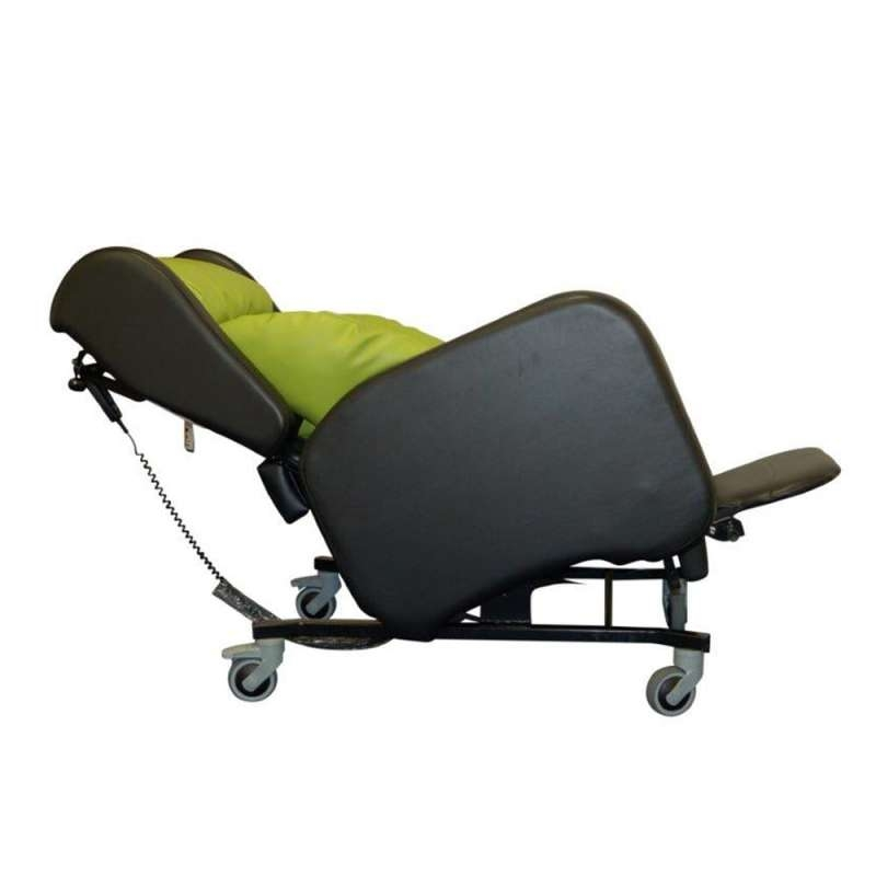 Rise & Recline Clarence Tilt in Space Porter Chair